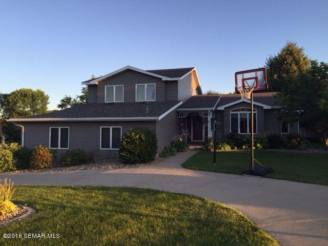 Photo of 304 10th Street NW  Byron  MN