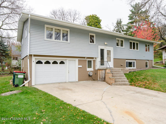 Photo of 832 15th Street NW  Rochester  MN