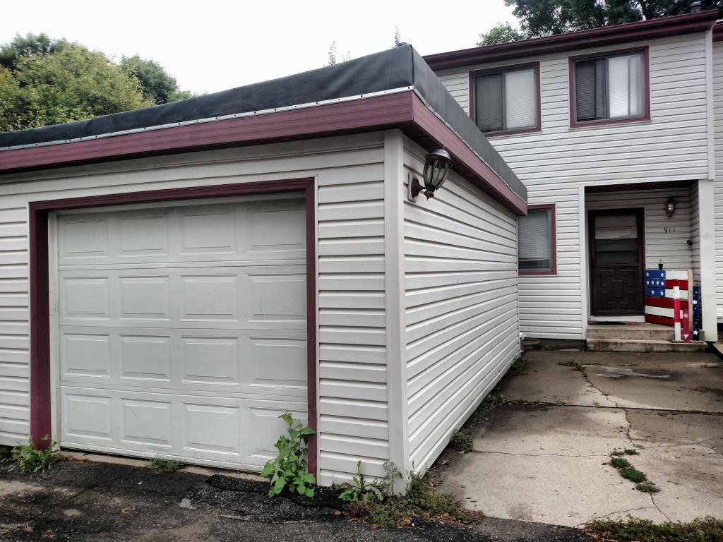 Photo of 911 40th Street NW  Rochester  MN