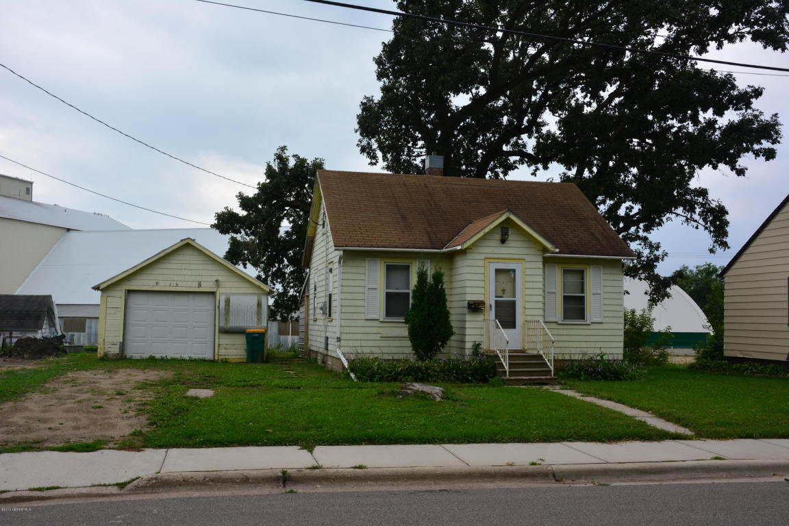Photo of 1523 Clark Street  Albert Lea  MN