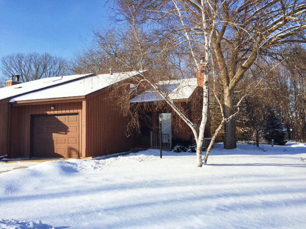 Photo of 1553 Kings Court SE  Rochester  MN