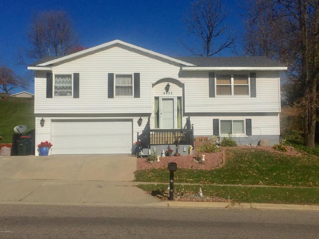 Photo of 4403 7th Street NW  Rochester  MN