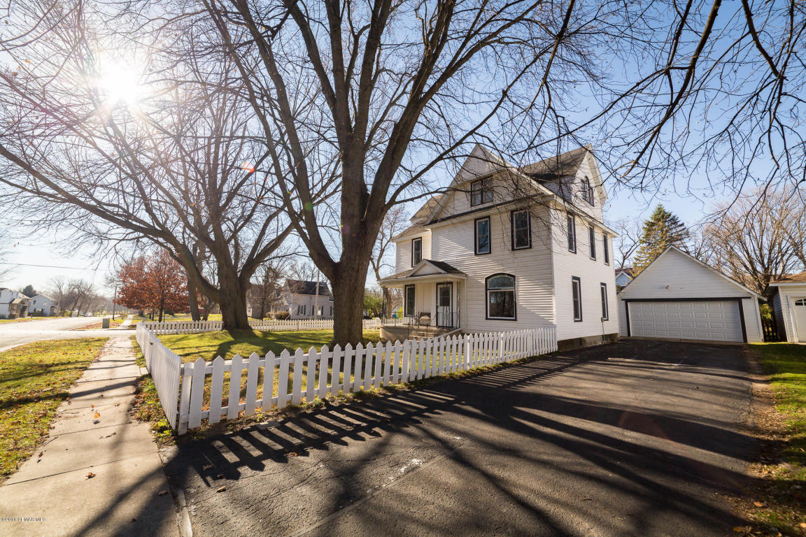 Photo of 200 N Huron Avenue  Spring Valley  MN