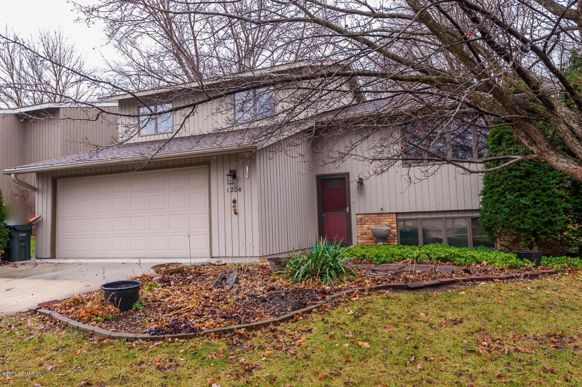 Photo of 1204 32nd Street NW  Rochester  MN