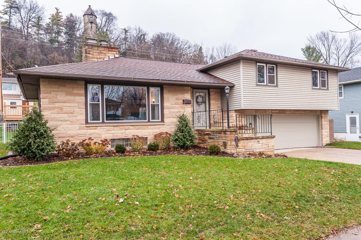 Photo of 925 11 14 Street SW  Rochester  MN