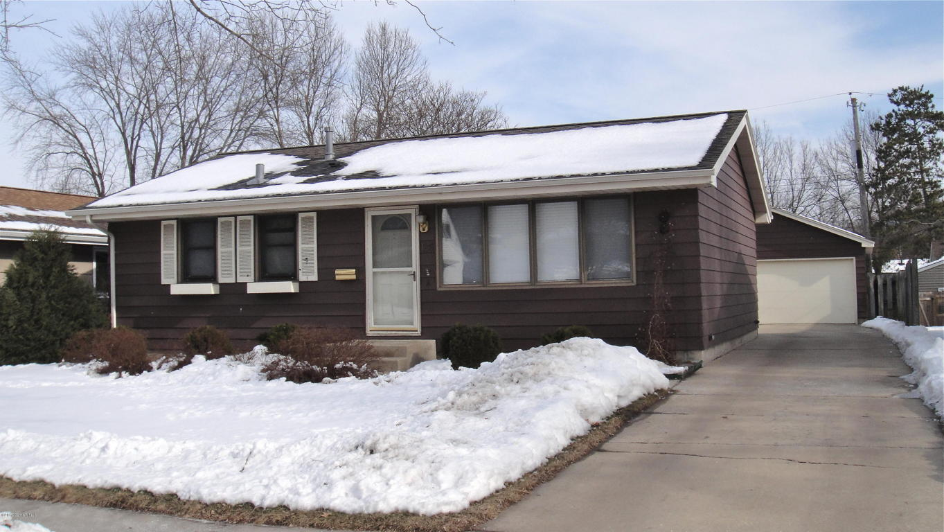 Photo of 126 37th Avenue NW  Rochester  MN