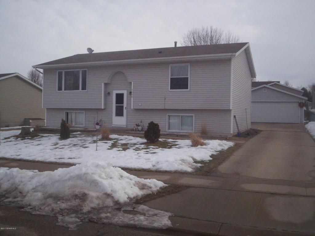Photo of 5008 25th Avenue NW  Rochester  MN
