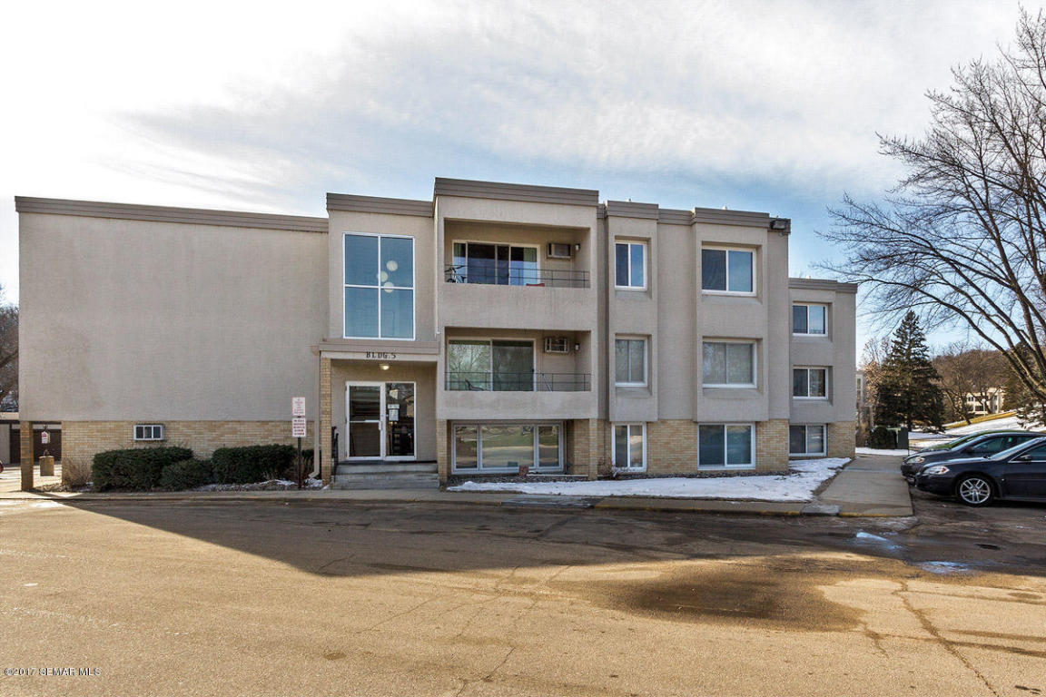 Photo of 2011 Viking Drive NW  Rochester  MN