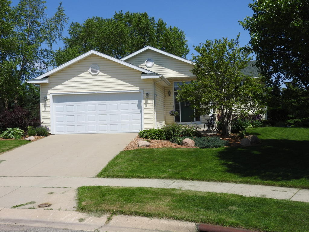 Photo of 4218 Glouster Lane NW  Rochester  MN