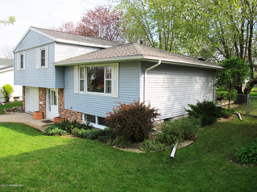 Photo of 1916 23rd Street NW  Rochester  MN