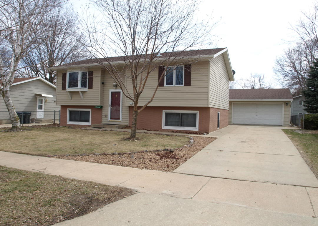 Photo of 2000 43rd Street NW  Rochester  MN