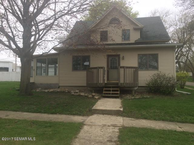 Photo of 402 2nd Street N  Ellendale  MN