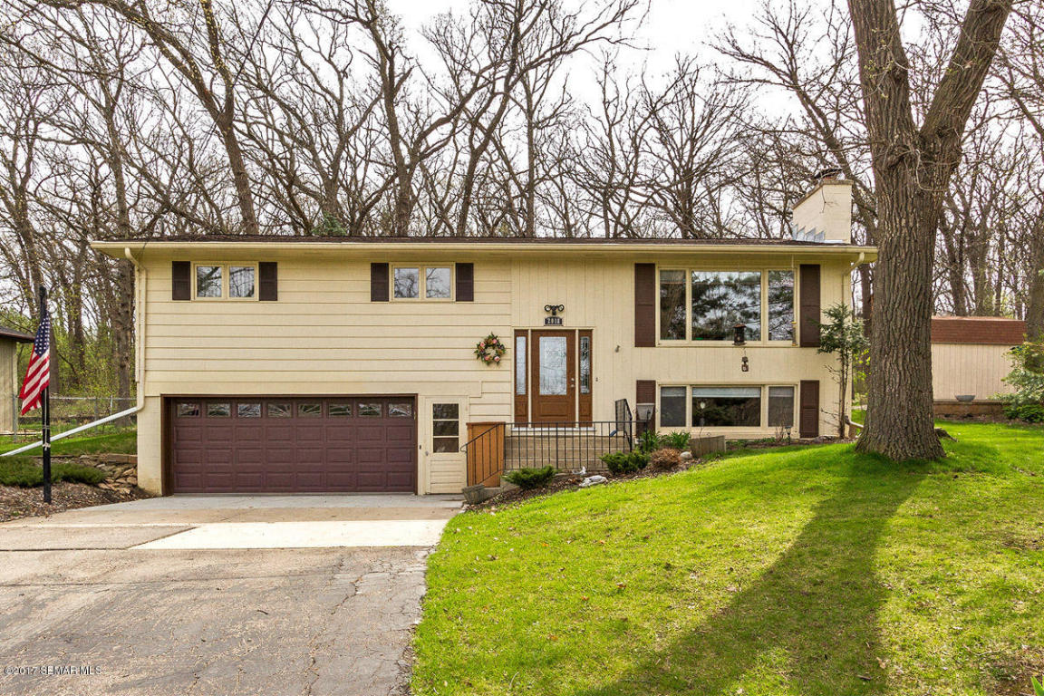 Photo of 2018 Edgewood Court SW  Rochester  MN