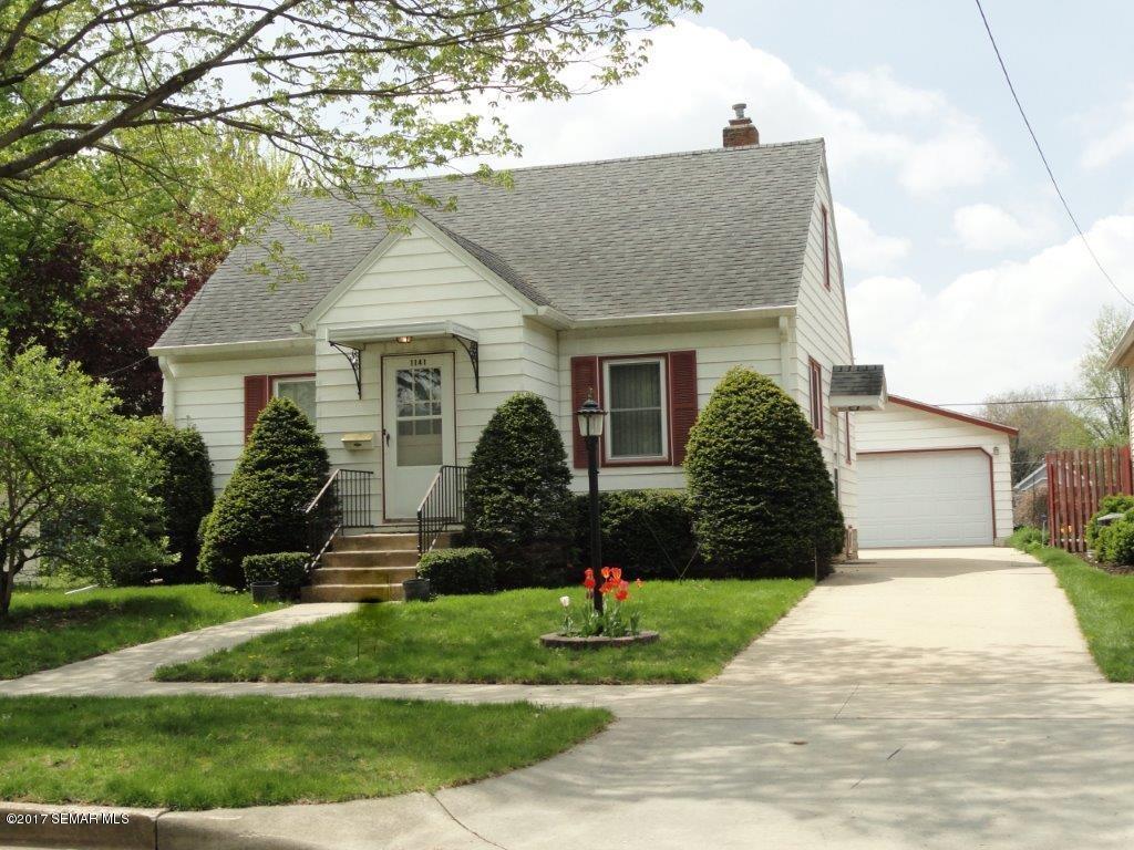 Photo of 1141 9 12 Avenue SE  Rochester  MN