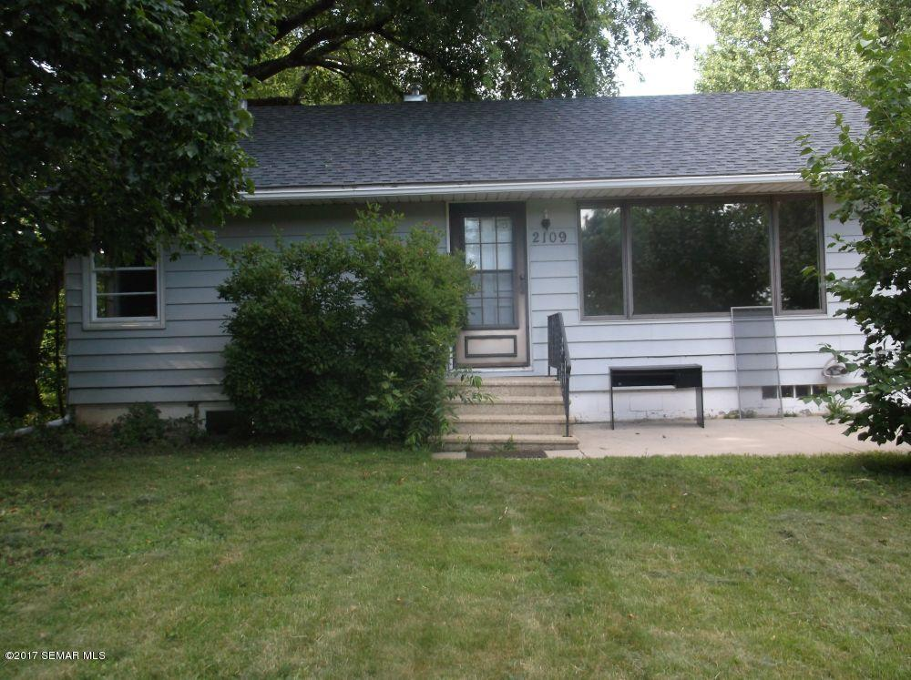 Photo of 2109 19th Street NW  Rochester  MN