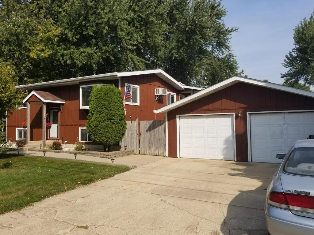 Photo of 612 3rd Street SE  Dodge Center  MN