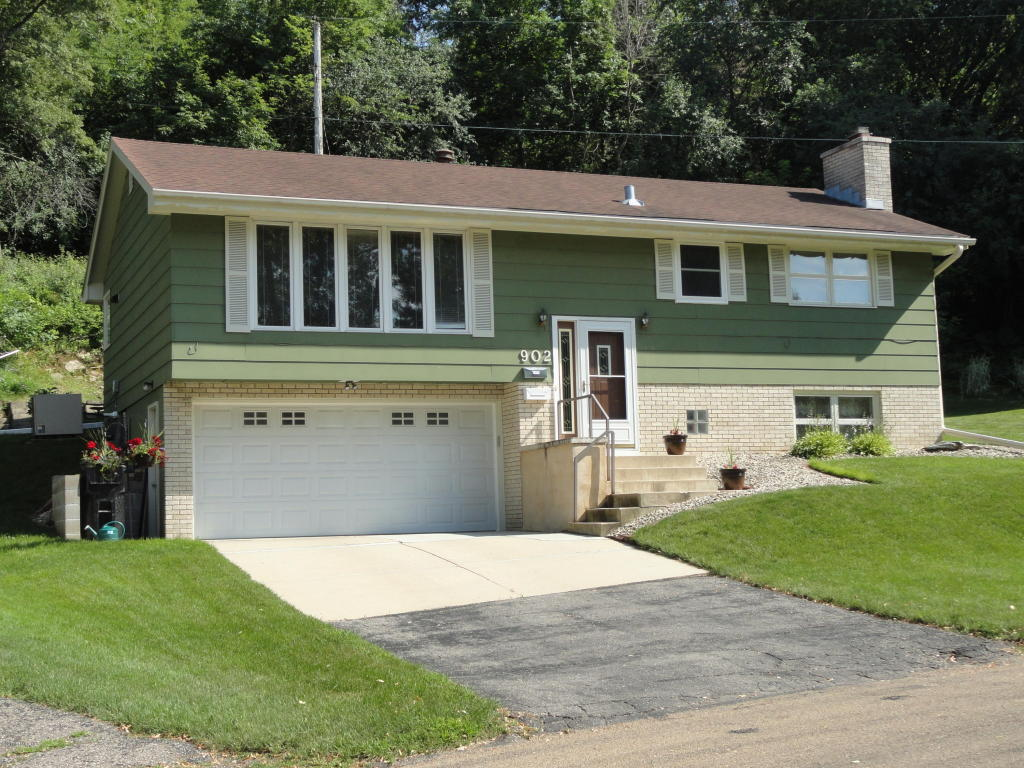Photo of 902 24th Street NW  Rochester  MN