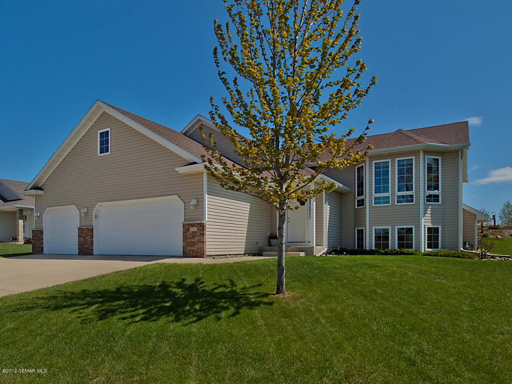 Photo of 610 7th Avenue NE  Byron  MN