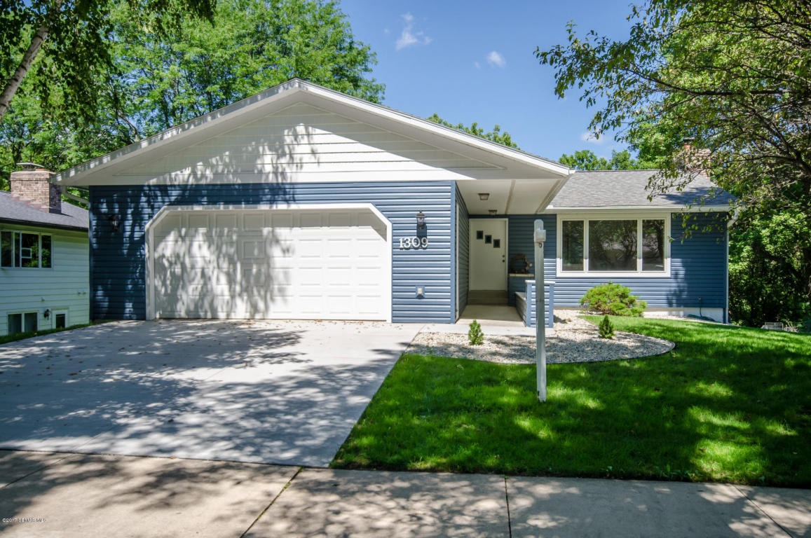 Photo of 1309 Northern Heights Drive NE  Rochester  MN