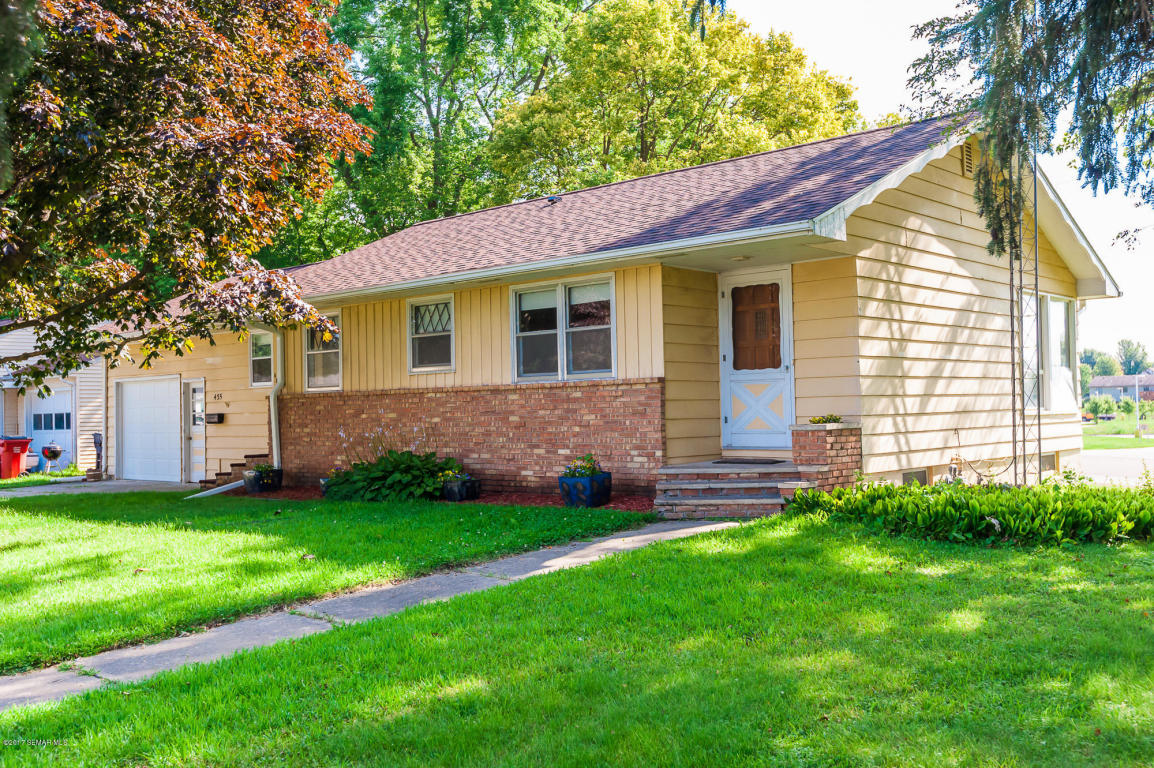 Photo of 435 2nd Street SW  Plainview  MN