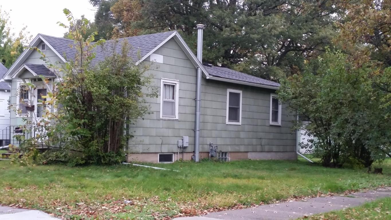 New Listings property for sale at 1211 10th Street NE, Austin Minnesota 55912
