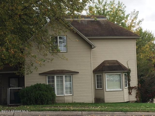 Photo of 421 W Clark Street  Albert Lea  MN