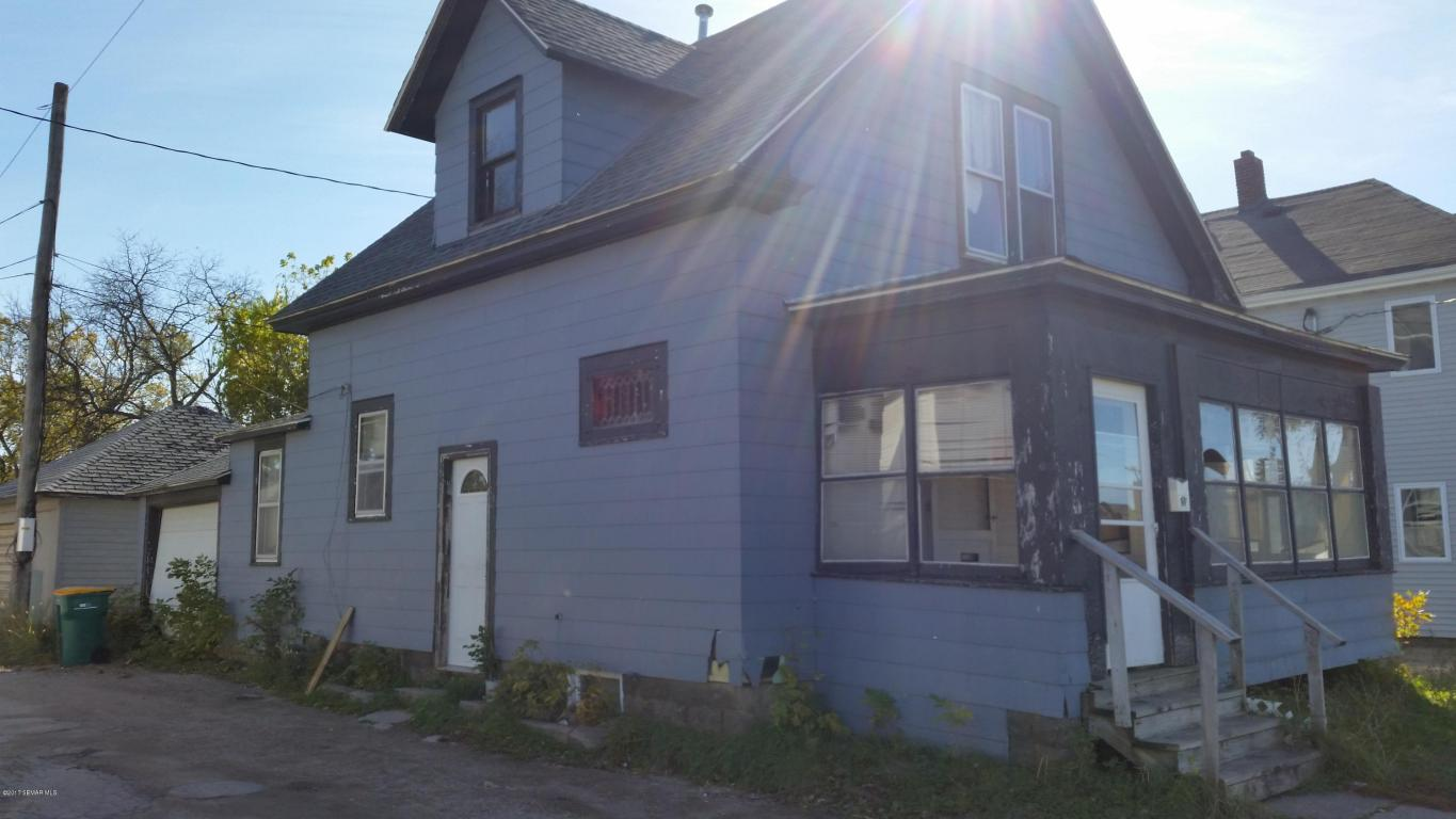 Photo of 121 Elizabeth Avenue  Albert Lea  MN