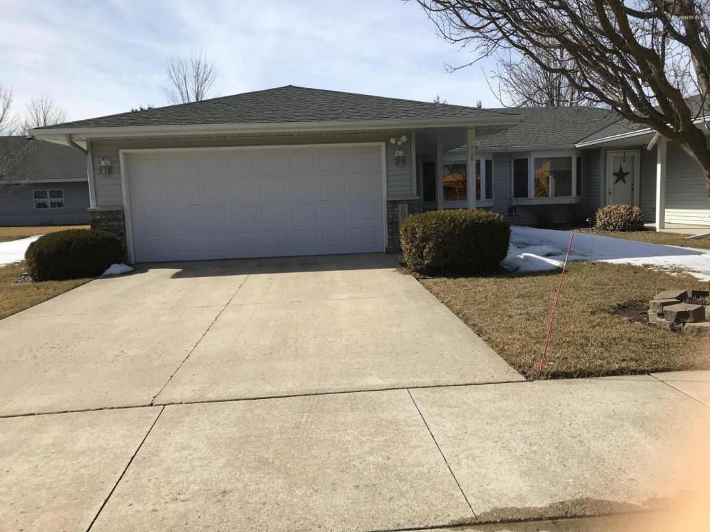 Single Story property for sale at 2018 16th Street SW, Austin Minnesota 55912