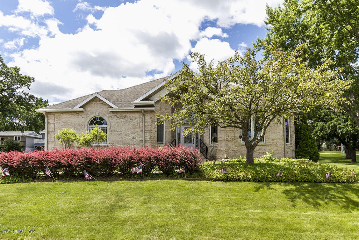 1212 S Lakeshore Drive, Lake City, Minnesota