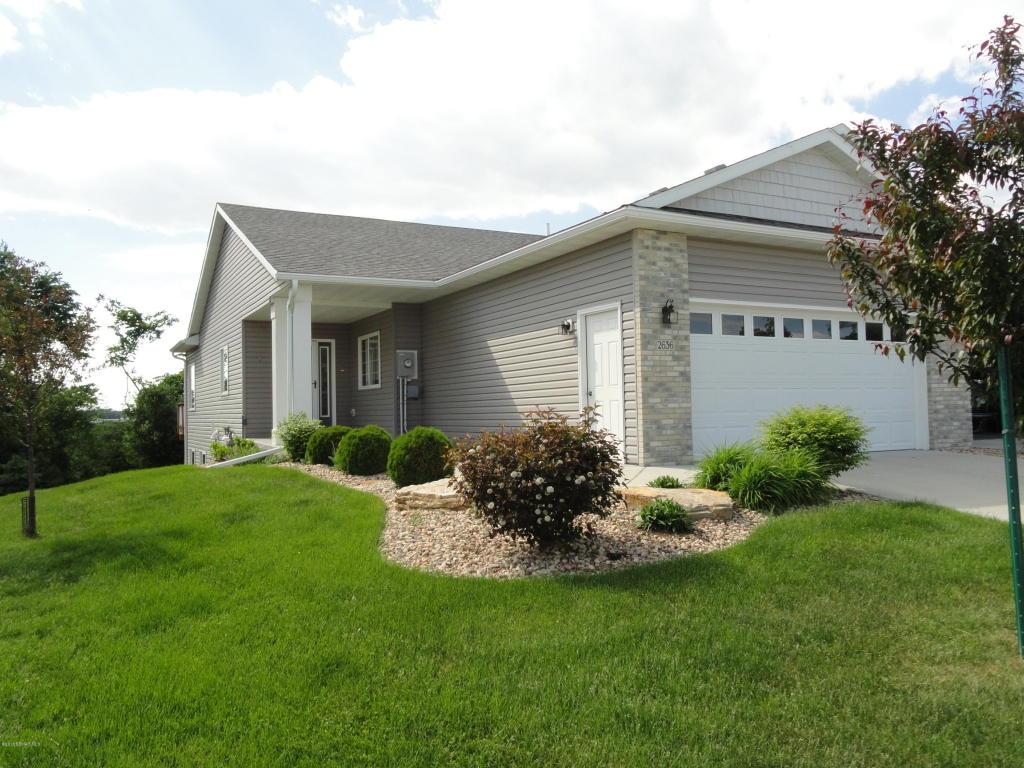 2636 Hawk Ridge Court SE, Rochester, Minnesota
