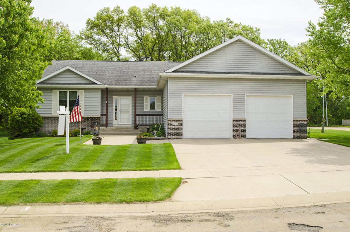 2748 Pinewood Ridge Drive SE, Rochester in Olmsted County, MN 55904 Home for Sale