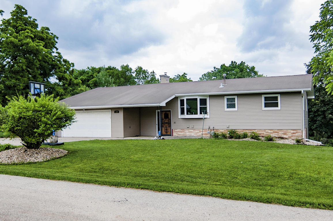 340 Oakridge Drive SW, Rochester in Olmsted County, MN 55902 Home for Sale