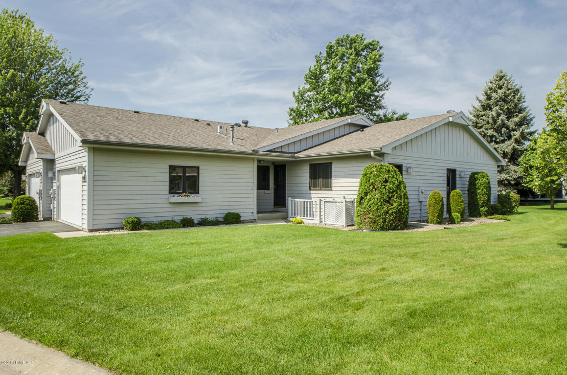 1709 Lakeview Drive SW, Rochester in Olmsted County, MN 55902 Home for Sale