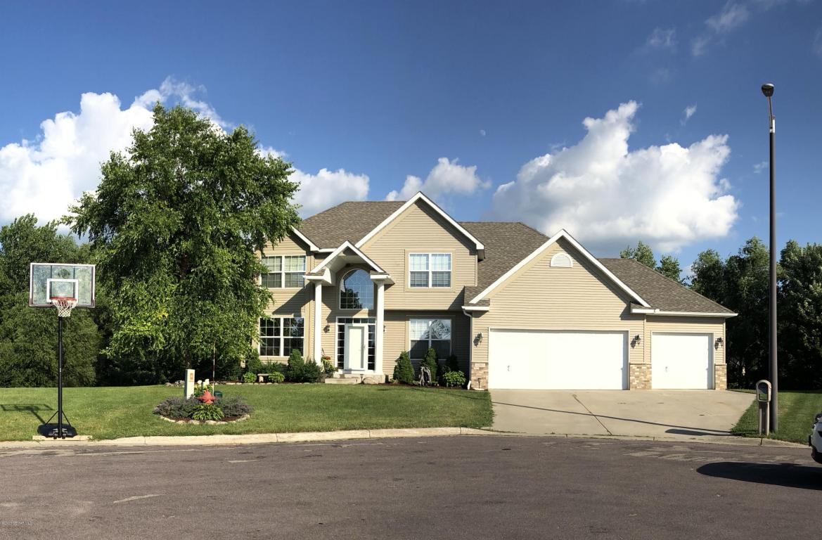 1207 18th Ave Court NW, Faribault, Minnesota
