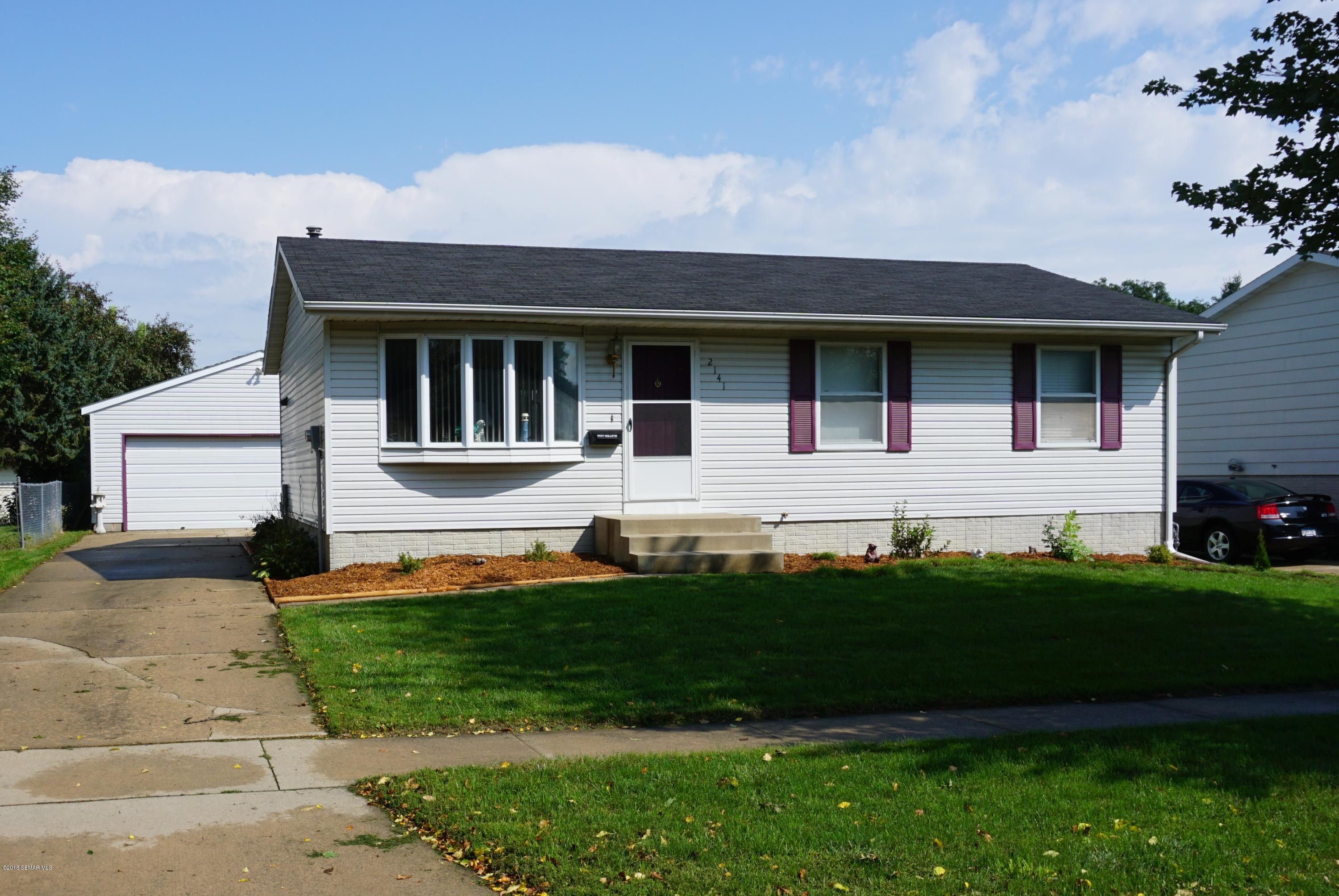 2141 50th Street NW, Rochester in Olmsted County, MN 55901 Home for Sale
