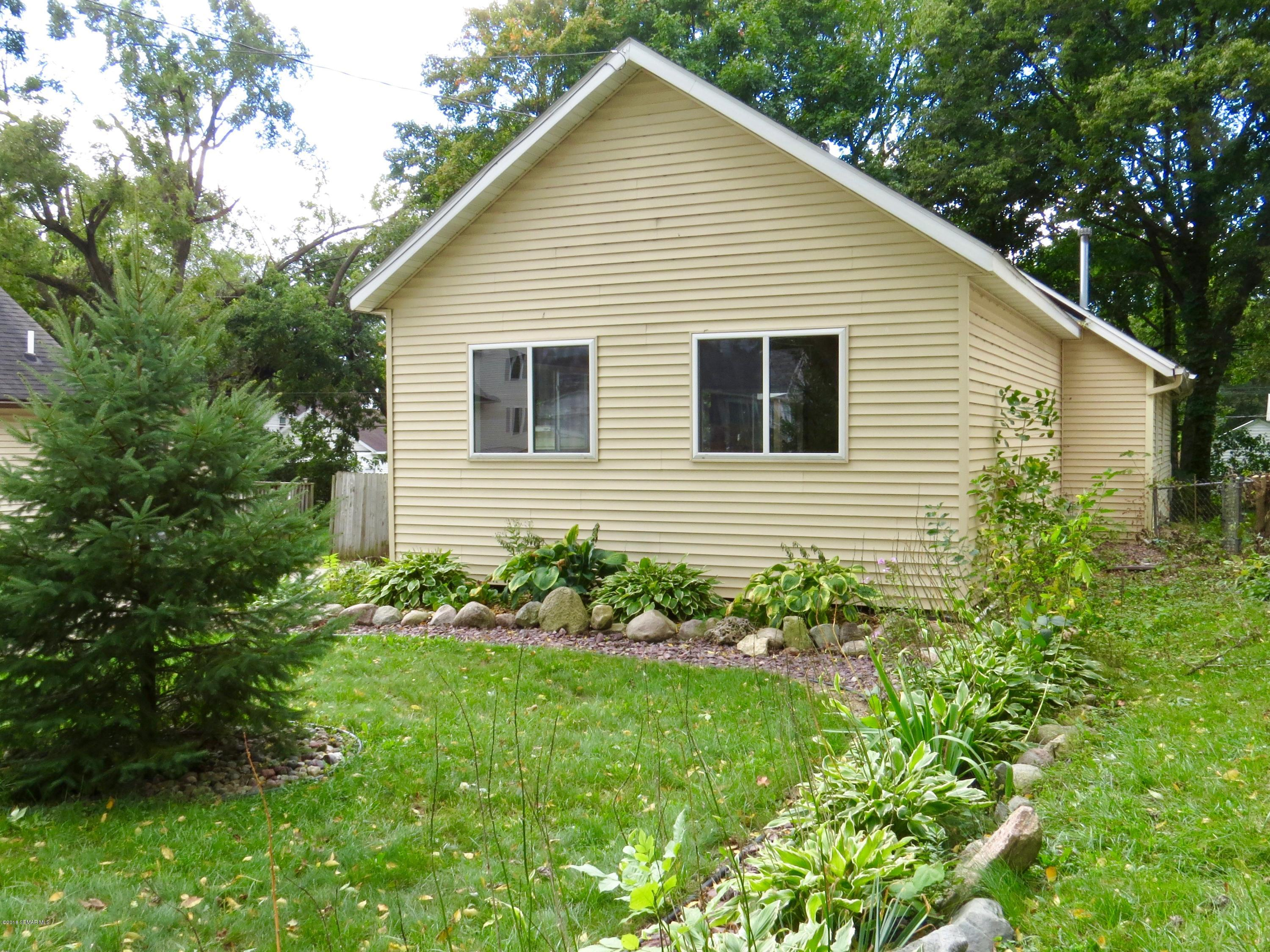 203 10th Avenue SE, Rochester in Olmsted County, MN 55904 Home for Sale