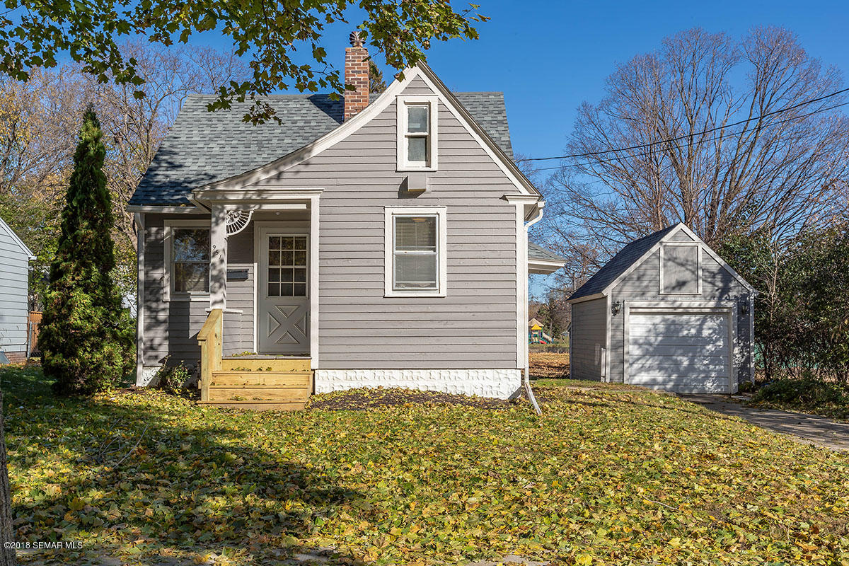 951 10th Street SE, Rochester in Olmsted County, MN 55904 Home for Sale
