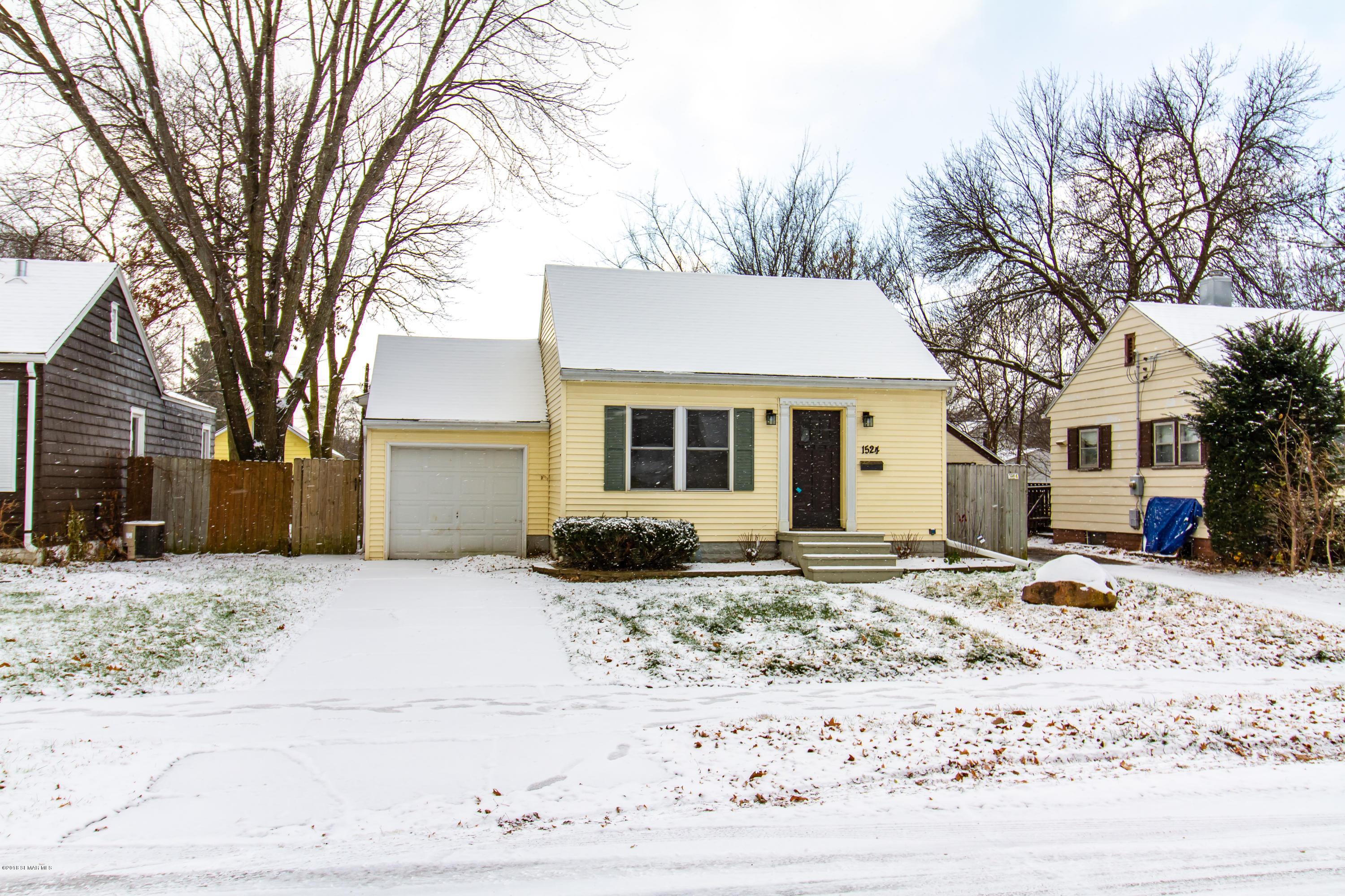 1524 4th Street NE, Rochester in Olmsted County, MN 55906 Home for Sale