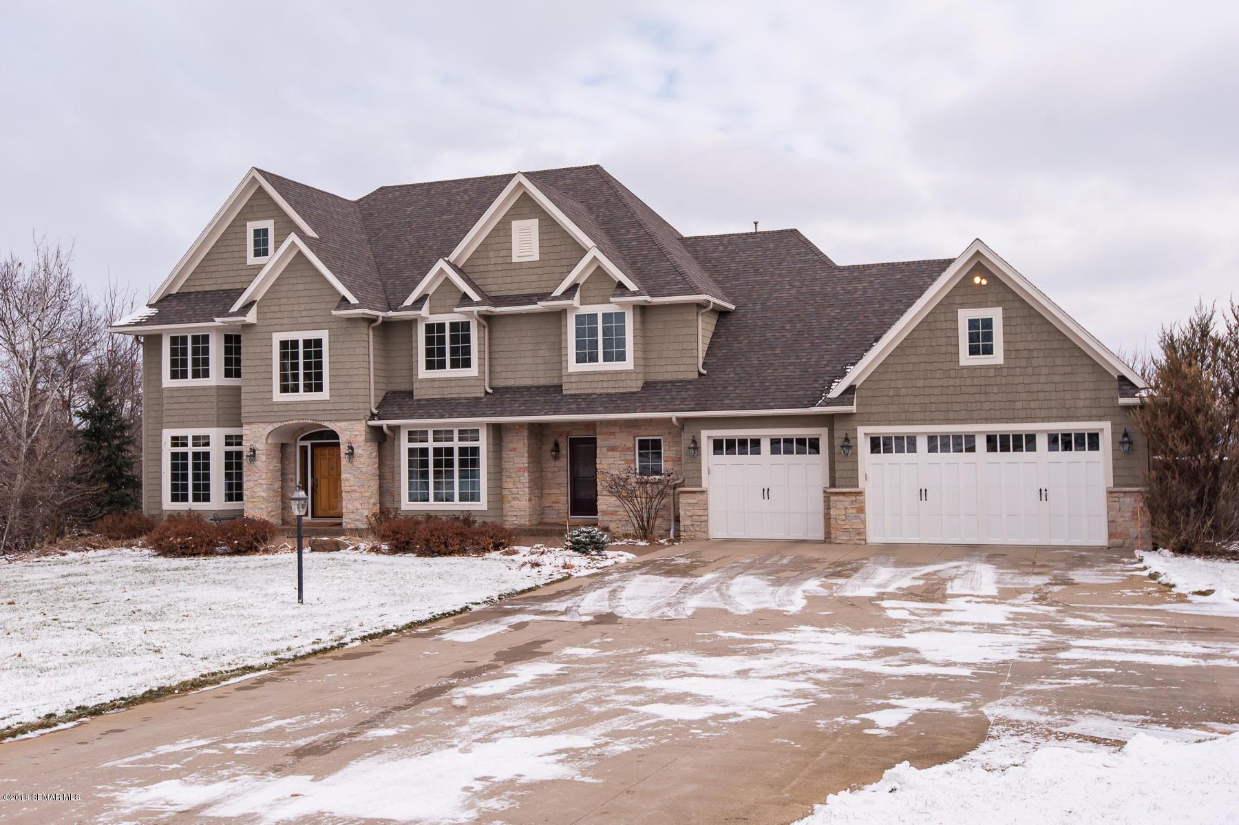 2612 Wild Rose Lane SW, Rochester, Minnesota