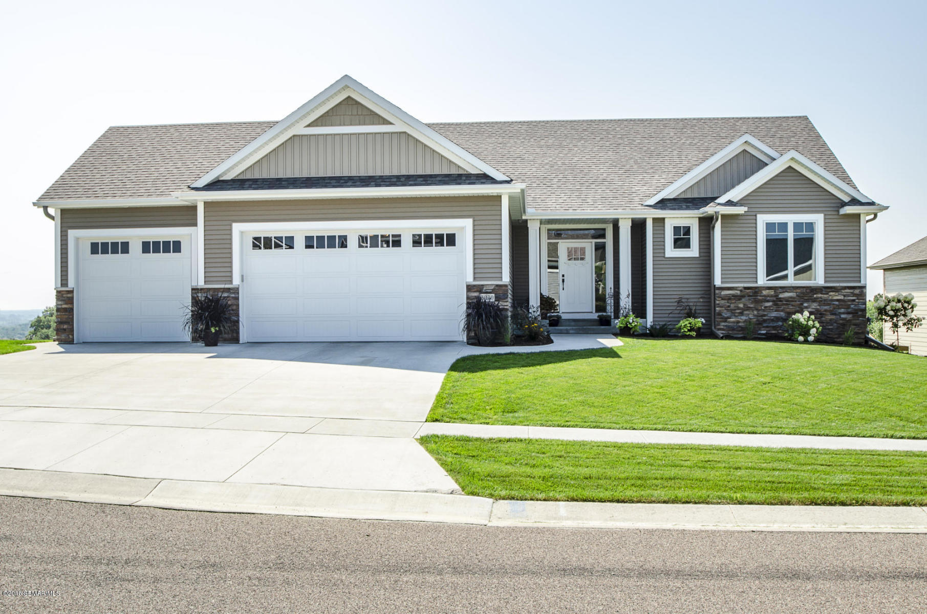 3030 Silver Park Lane NE, Rochester in Olmsted County, MN 55906 Home for Sale