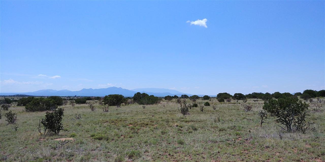 238 Avenida de Compadres, Santa Fe, New Mexico