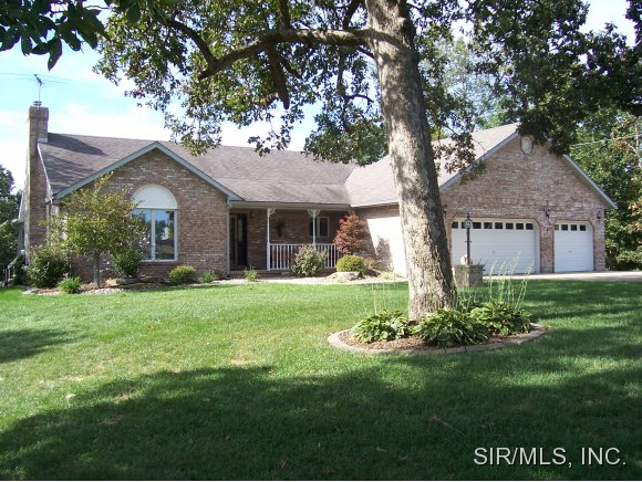 Real Estate for Sale, ListingId: 18145974, Brighton, IL  62012