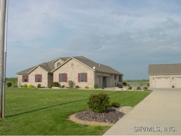 Real Estate for Sale, ListingId: 29101288, Breese, IL  62230