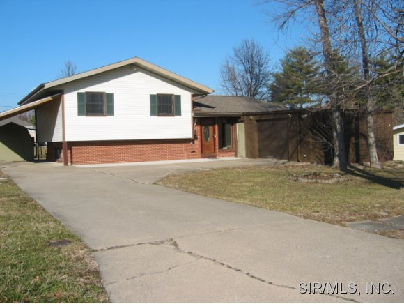 Real Estate for Sale, ListingId: 22195395, Gillespie,IL62033