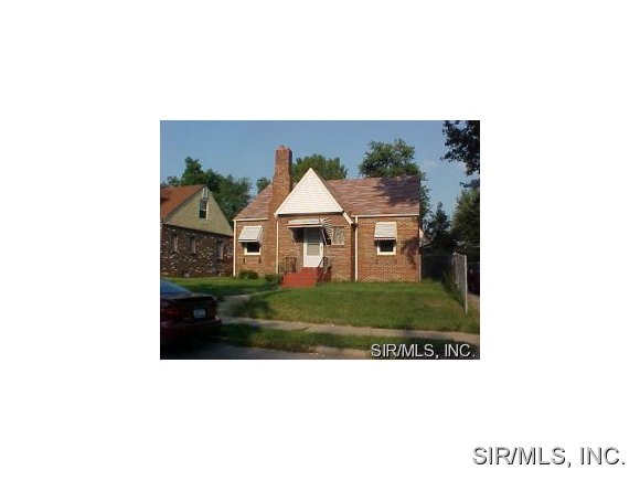 1320 N 37th St, East Saint Louis, IL 62204