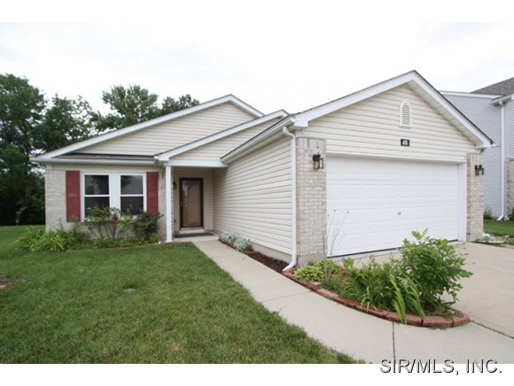 476 Falling Leaf Way, Mascoutah, IL 62258