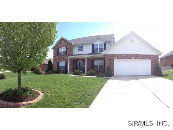 11 Christina Ct, Columbia, IL 62236
