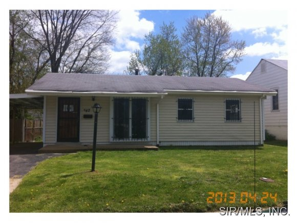 842 N 74th St, East Saint Louis, IL 62203