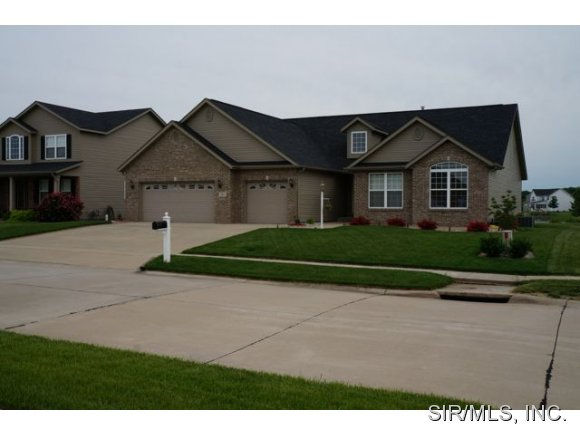 2504 Jennifer Xing, Granite City, IL 62040
