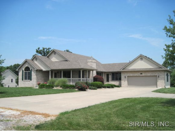 Real Estate for Sale, ListingId: 24332615, Brighton, IL  62012